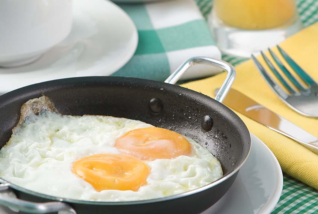 desayuno-huevo-cafe-jugo