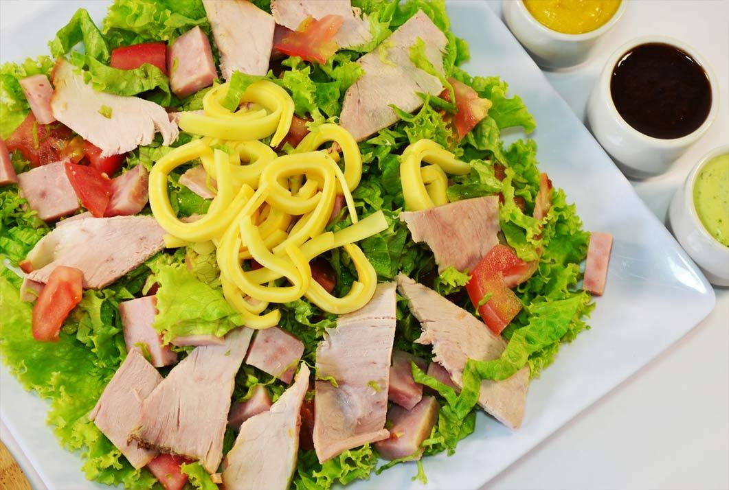 ensalada-pernil-de-cerdo